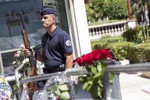 Nizza: molti turisti lasciano città anticipatamente